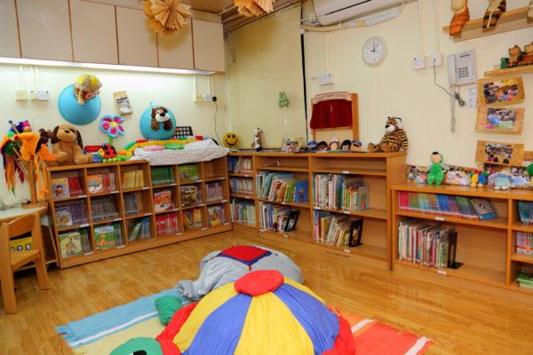 6. 兒童圖書館